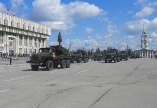 BM-21-1 launch vehicles