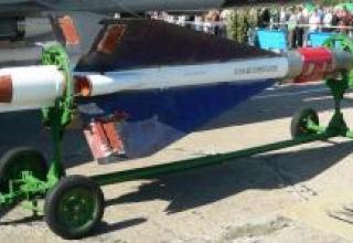 Aircraft medium-range missile P-40 (K-40)